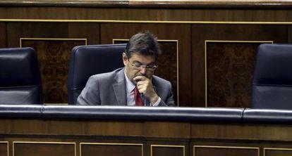 El ministro de Justicia, Rafael Catalá, durante un pleno del Congreso.