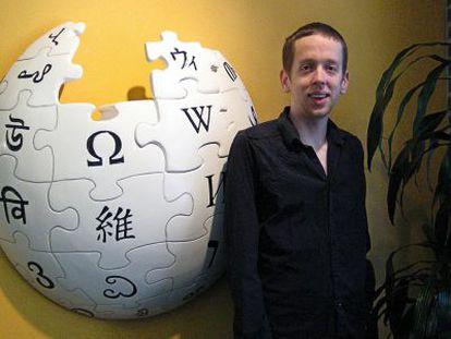 Kevin Gorman ostenta en Berkeley (California) un puesto pionero: enseñar a editar artículos de Wikipedia.