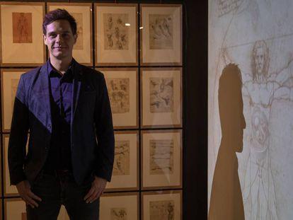 """Chistian Gálvez, en la exposición """"Leonardo da Vinci , Los Rostros del Genio"""" en Madrid, en 2018."""