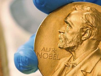 La medalla de un Premio Nobel de hace unos años.
