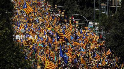 Miles de personas se concentran en Barcelona por la Diada, el pasado septiembre.