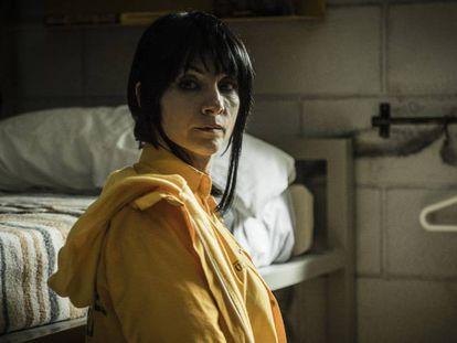 Najwa Nimri en una secuencia del final de 'Vis a vis'. En vídeo, la actriz recorre la prisión de la serie para EL PAÍS.