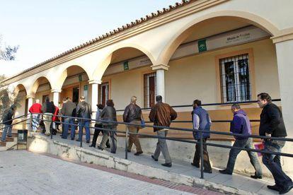 Las academias investigadas recibían ayudas públicas para dar cursos de formación a desempleados.