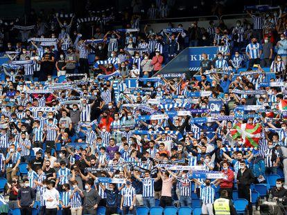 Público durante el partido de Liga jugado en San Sebastián el día 19, con una limitación de aforo del 60%.