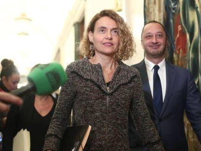 La presidenta de las Cortes, Meritxell Batet, antes de entrar a una Mesa del Congreso.