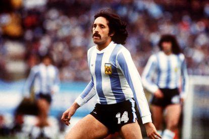 El delantero argentino Leopoldo Luque, durante un partido de la Copa del Mundo de 1978.
