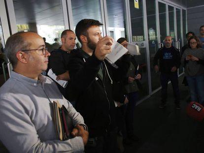 Un edil de Badalona rompe la resolución judicial que impedía abrir las dependencias municipales el 12 de octubre.