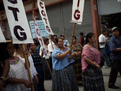 Miles de guatemaltecos han participado en la marcha.