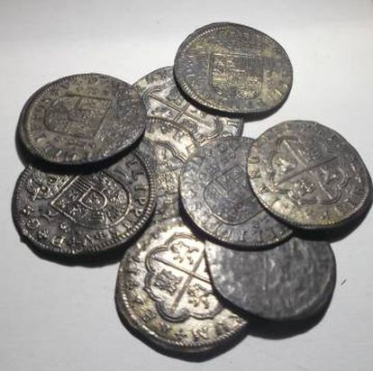 Monedas de plata halladas en el yacimiento del Guadalupe.