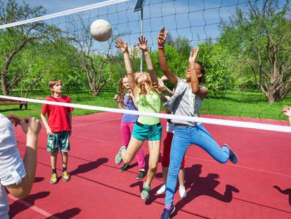 NIños haciendo deporte en un proyecto para este verano de la diputación de Barcelona