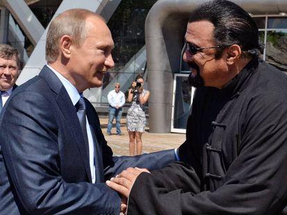 Vladimir Putin y Steven Seagal.