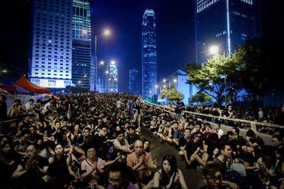 Manifestantes prodemocracia este sábado en Hong Kong.