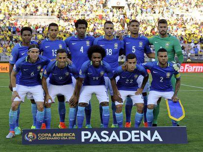 De izquierda a derecha y de arriba a abajo: Elías, Marquinhos, Gil, Renato Augusto, Casemiro, Alisson, Filipe Luis, Jonas, Willian, Coutinho y Dani Alves.