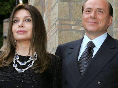 Silvio Berlusconi, con su exesposa Veronica Lario.