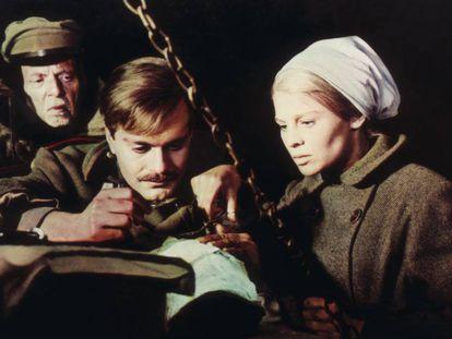 Omar Sharif y Julie Christie, en la película 'Doctor Zhivago' (1965), de David Lean.