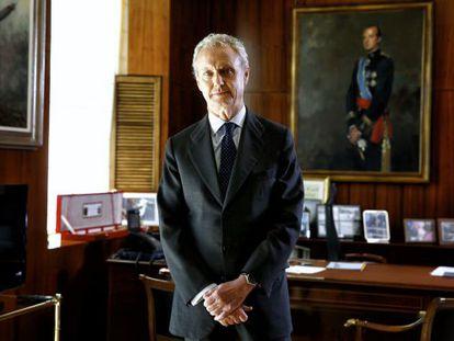 El ministro de Defensa, Pedro Morenés, en su despacho oficial.