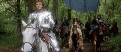 Lancelot y Ginebra en un fotograma de 'Excalibur', de John Boorman, película de 1981.