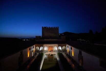 La Alhambra y el cielo nocturno de Granada, el marco difícilmente superable del recital de Igor Levit.