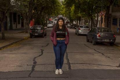 Belén Álvarez, el viernes en un barrio de Buenos Aires.