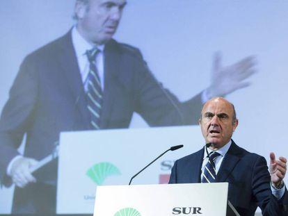 El ministro de Economía, Industria y Competitividad, Luis De Guindos. Carlos Diaz EFE