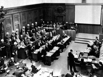 Los juicios de Núremberg sentaron ante el tribunal a los nazis capturados al final de la Segunda Guerra Mundial.