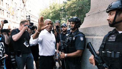 El candidato demócrata a la alcaldía de Nueva York, Eric Adams, el 7 de julio de 2021 durante un homenaje a los trabajadores esenciales en Manhattan.