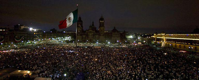 El Zócalo ha sido el punto de reunión de miles de manifestantes en la marcha de la Ciudad de México
