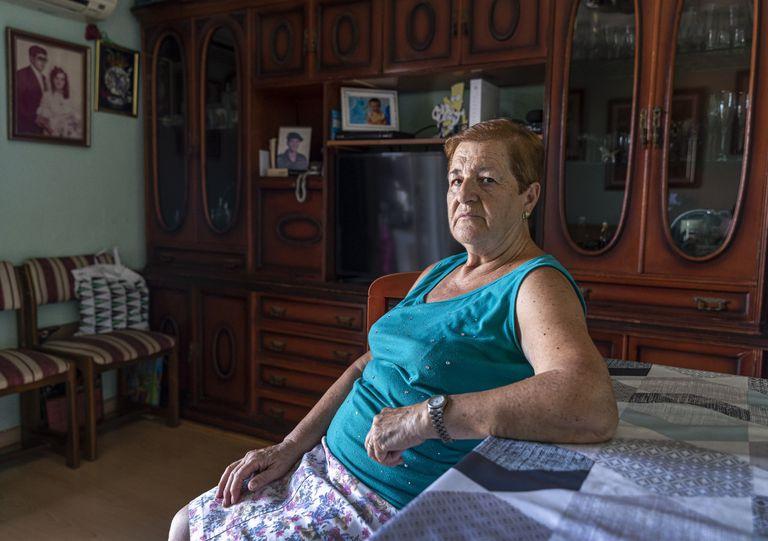 Antonia, que quiere seguir acogiendo a su nieto, en su casa.