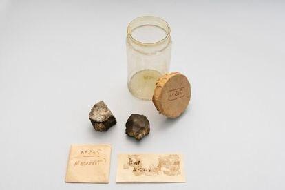 Fragmentos del meteorito caído en Terrassa en 1704.