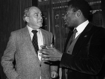 Alfredo Di Stéfano y Pelé, en un acto público en 1983.