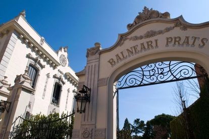 Entrada del balneario Prats, en Caldes de Malavella (Girona).
