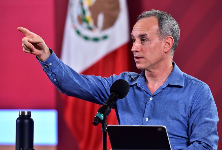 El subsecretario de Prevención y Promoción de la Salud, Hugo López-Gatell, durante una rueda de prensa en el Palacio Nacional de Ciudad de México.