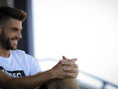 El centrocampista del RCD Espanyol, David López, en un momento de la entrevista.