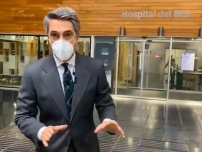 Carlos Franganillo presentando el Telediario desde el hospital.