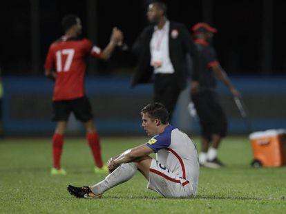 El jugador estadounidense Matt Besler tras perder con Trinidad y Tobago.