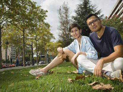 La pareja de emprendedores kazajos Tair y Olessya Assimov, en Barcelona.