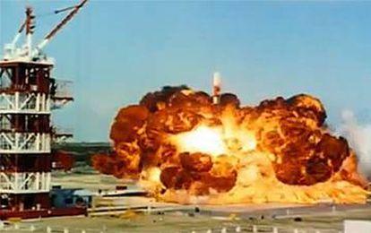 Explosión del 'Vanguard' tras su lanzamiento.
