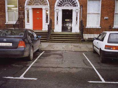 'Parking Spaces. Dublín, Irlanda' (2002), de Martin Parr.