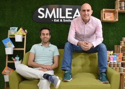 Alberto Jiménez, a la izquierda, y Javier Quintana, fundadores de Smileat.