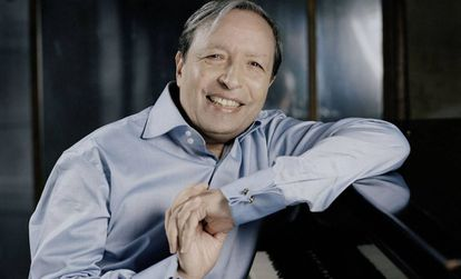 El pianista Murray Perahia en una foto promocional.