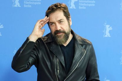 Javier Bardem posa en el 70º Festival Internacional de Cine de Berlín.