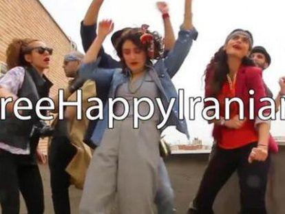 Seis meses de cárcel y 91 latigazos para los jóvenes iraníes del videoclip 'Happy'