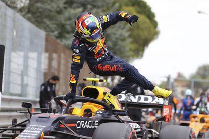 El piloto mexicano de Red Bull, Checo Pérez, durante el Gran Premio de Emilia Romagna.
