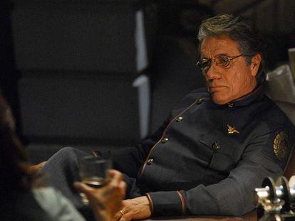 Edward James Olmos en 'Battlestar Galactica'.