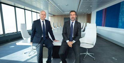 Hilario Albarracín, presidente de KPMG en España y Juan José Cano, consejero delegado y próximo presidente de la firma.