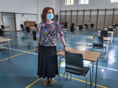 Vídeo sobre las medidas de seguridad previstas para las pruebas de acceso a la Universidad de este año. En la imagen, Victoria Collado, vicesecretaria del instituto Lluís Vives de Valencia