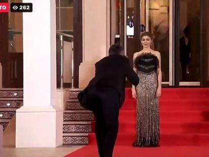 Un momento de la emisión en directo de TVE a través de Facebook de la alfombra roja de los Goya en el que aparece la actriz Marta Nieto.