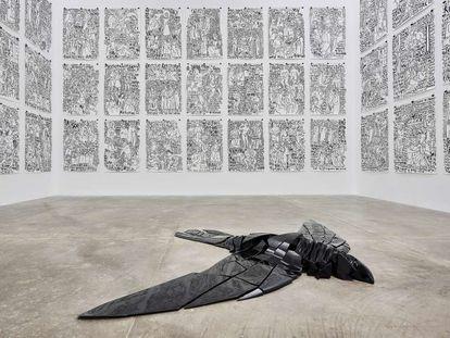 Instalación 'Axiomas para la acción' (1996-2018), de Carlos Amorales.