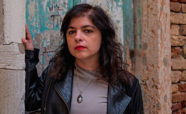 La escritora Mariana Enríquez en Venecia, Italia, en abril de 2017.
