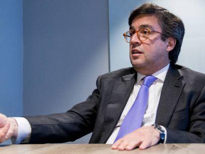 El presidente del Banco Interamericano de Desarollo, Luis Alberto Moreno, en las instalaciones de EL PAÍS.